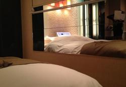 ラブホのベッド